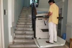Платформа за движение по стълбища със завои V65