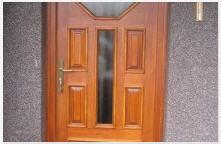 Производство и монтаж на дървени врати