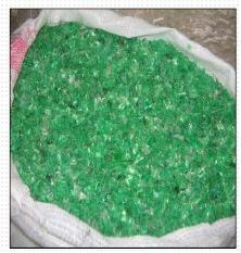 Polyethylene terephtalate (PET) flakes