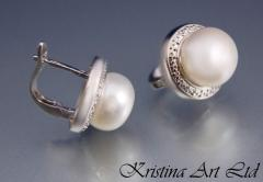 Красиви сребърни обеци от естествени бели перли и циркони