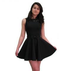 Черна рокля с колан панделка