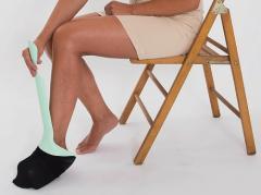Обувалка събувалка на чорапи