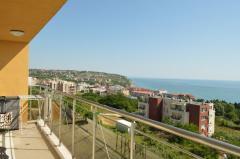 Двухкомнатная квартира с большой террасой и красивейшим  видом на море - Бяла, Болгария