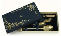Именна лъжичка Десертен комплект от десертна лъжица, чаена лъжичка, вилица и нож, неръждаема стомана с нитридно-титаново покритие, в опаковки за подаръци