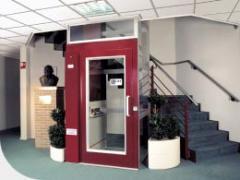 Вертикален асансьор за инвалидни колички с