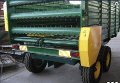 Fertilizing machines and accessories