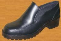 Дамска обувка с ластик