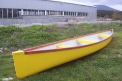 3-местно стъклопластово кану