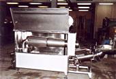 Агрегат двойношнеков за производство на кашкавал