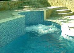 Монолитни Хидромасажни вани