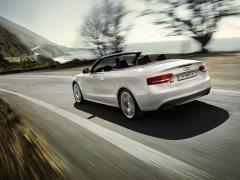 Автомобил Audi  S5 Cabriolet