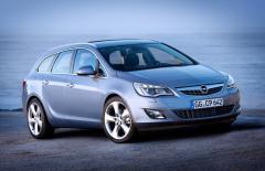 Автомобил Opel Astra Sports Tourer