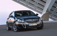Автомобил Opel Insignia Sports Tourer