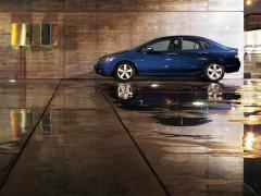 Автомобил Хонда Civic Sedan
