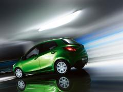 Автомобил New Mazda 2