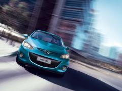 Автомобил New Mazda2