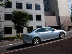 Автомобил Mazda6