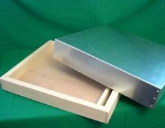 Покривна табла хранилка и метале