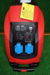 3,5 KW Супер тихи инверторни бензинови генератори