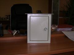 Шкафове метални комуникационни