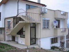 Обзаведена триетажна къща, Ален Мак, Варна