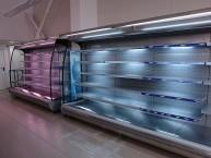 Стенни среднотемпературни хладилни витрини