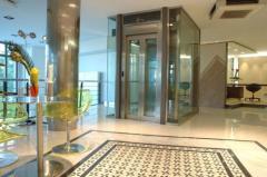 Пътнически асансьори с машинно помещение и
