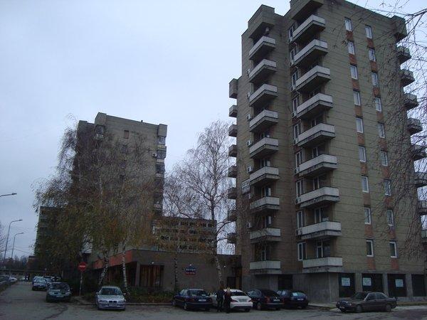 Хан Крум, Хотел, Търговище