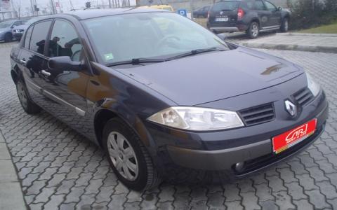 Поръчка Кола под наем Renault Megane 1.6 Automatic