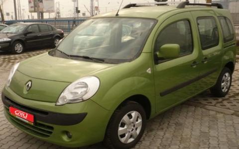 Поръчка Кола под наем Renault Kangoo 1.5D