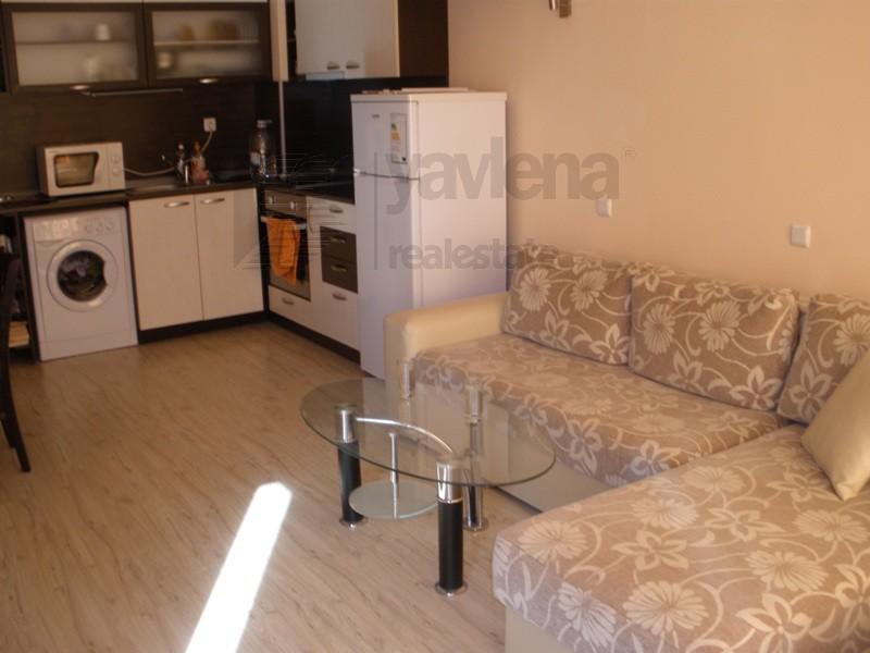 Поръчка Апартамент с една спалня, обзаведен