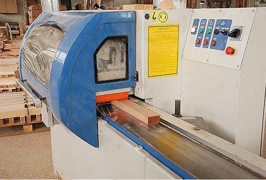 Поръчка Машинна обработка на дървесина
