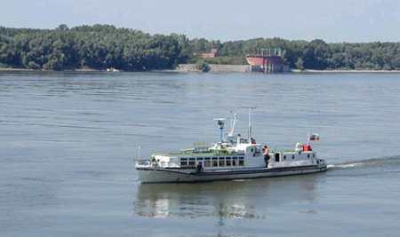 Поръчка Организиране на разходка с кораб по река Дунав