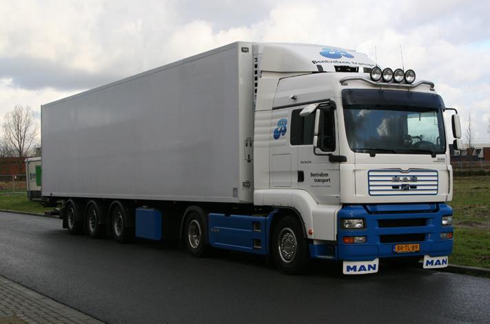 Поръчка Транспортни услуги до Западна Европа