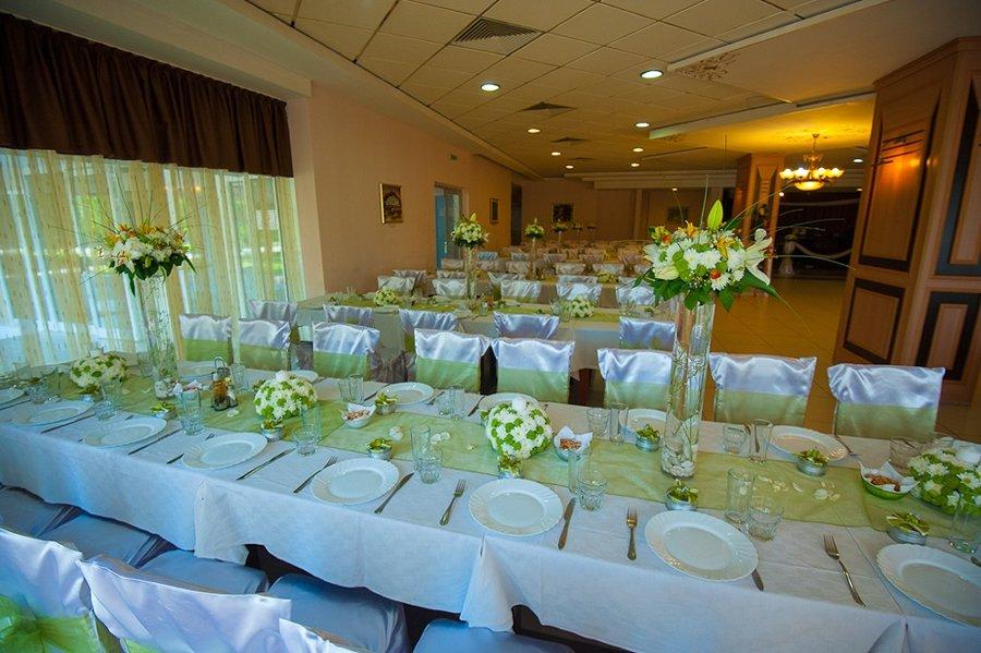 Поръчка Декорация на младоженската маса