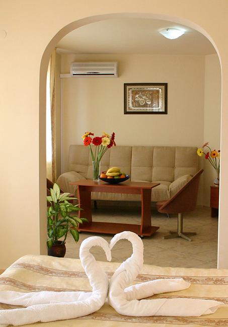 Поръчка Апартамент в хотел Фокус Варна
