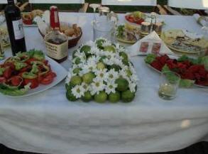Поръчка Аранжировка от зелени лимони и хризантема
