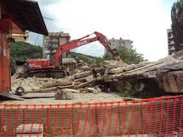 Поръчка Машинно разрушаване на стоманобетонни и тухлени сгради