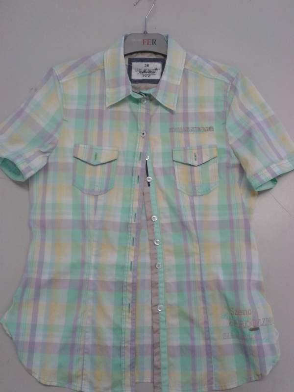 Поръчка Производство на дрехи и други модни стоки по поръчка с материали на клиента