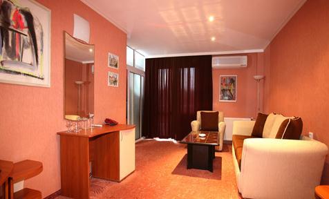 Поръчка Хотелски стаи: Апартаменти