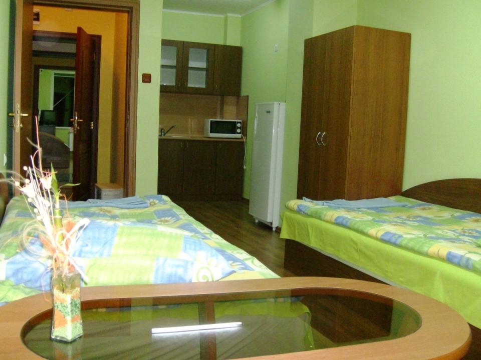 Поръчка Апартаменти и стаи под наем