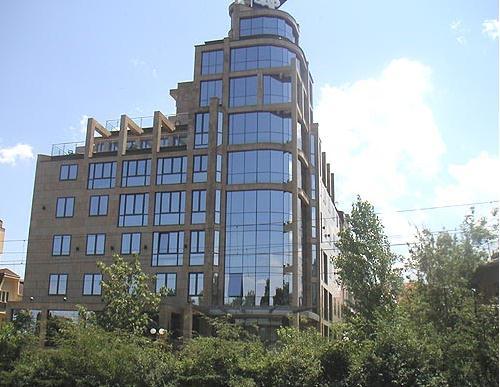 Поръчка Административни сгради
