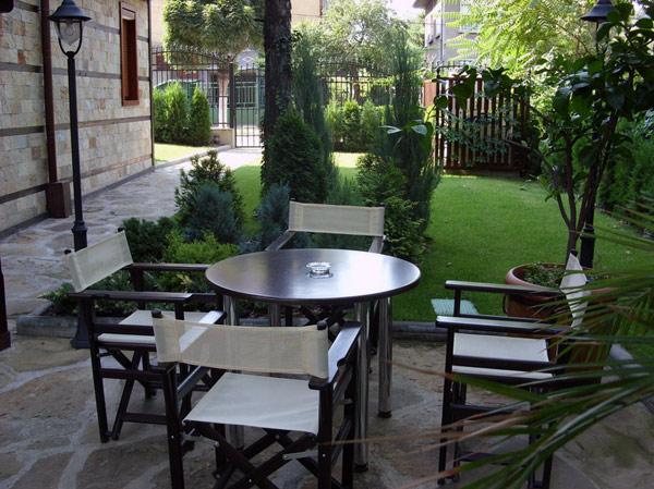 Поръчка Ресторант градина