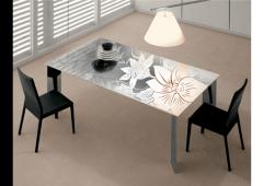 Рисуване върху маса