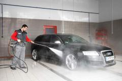 Пране и почистване в автомивка