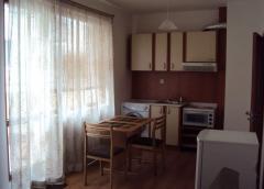 Нов луксозно обзаведен двустаен апартамент под