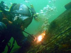 Подводно заваряване