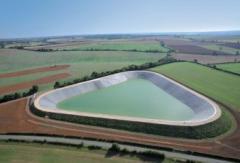 Напоителни резервоари и канали