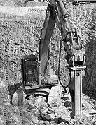 Събаряне на сгради и извозване на строителни отпадъци