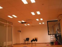 Пълно изграждане на търговски и офис помещения